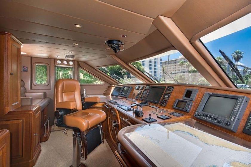 Miami Yacht Rental 116' Benetti Helm