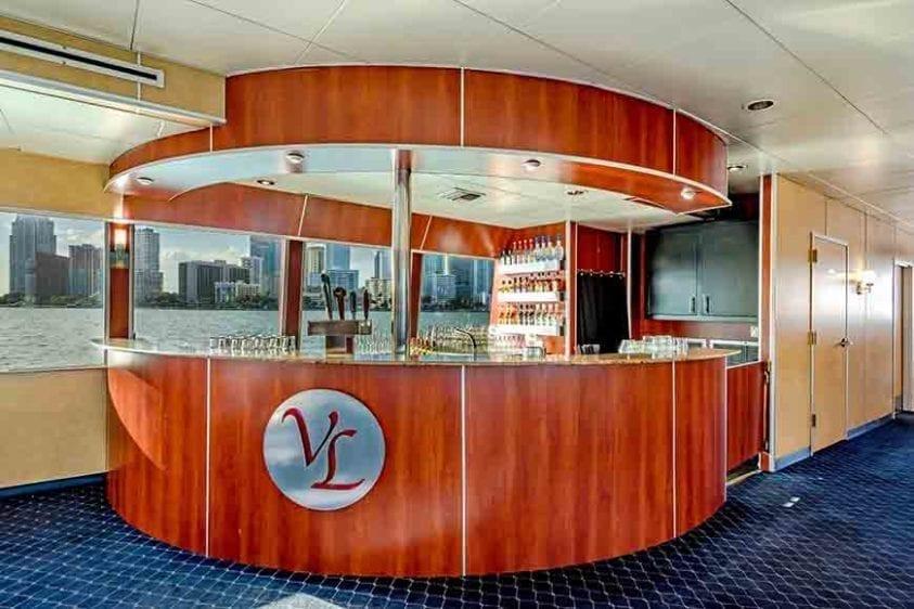 Miami Yacht Rentals 130' Austral Marine Bar
