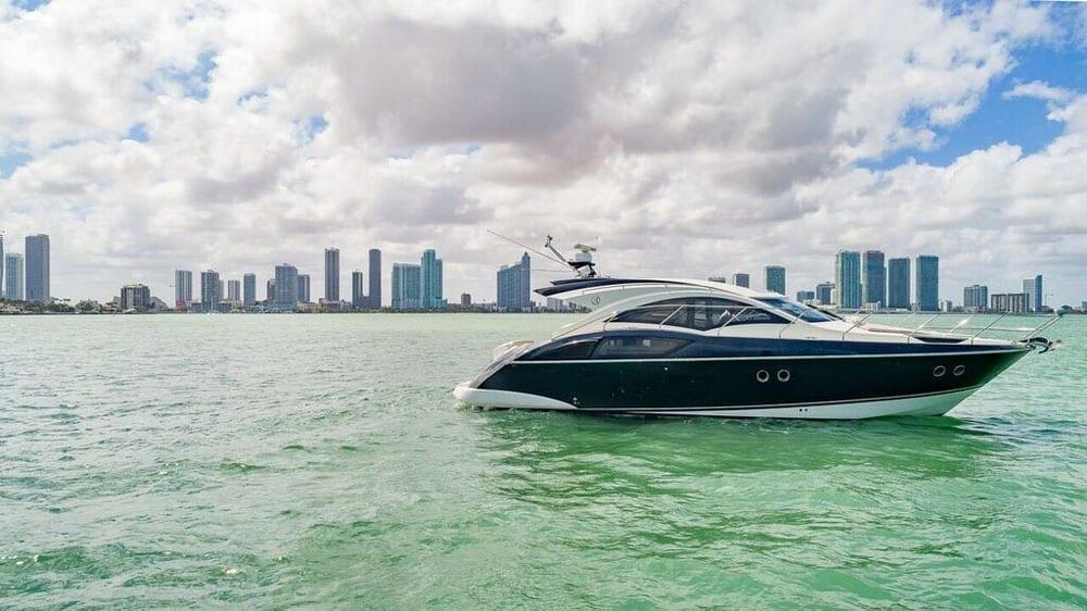 Miami Yacht Rentals 43' Marquis Starboard