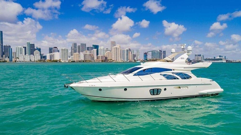 Miami Yacht Rentals 55' Azimut Port Profile