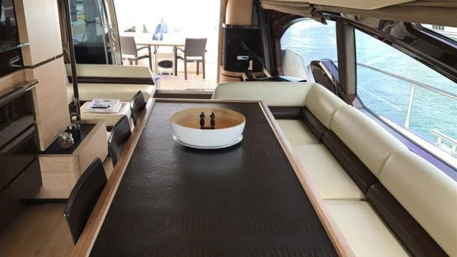 Miami Yacht Rentals 70' Azimut Dining