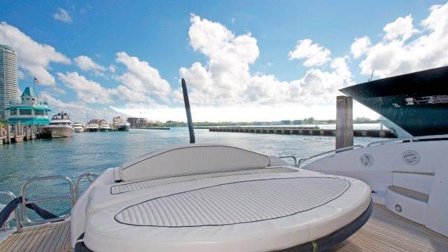 Miami Yacht Rentals 75' Predator Aft