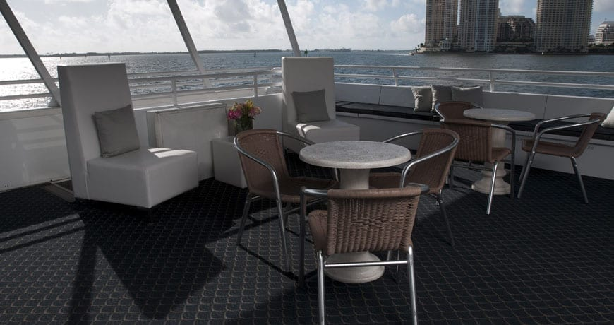 Miami Yacht Rentals 75' Skipperliner Aft Seating
