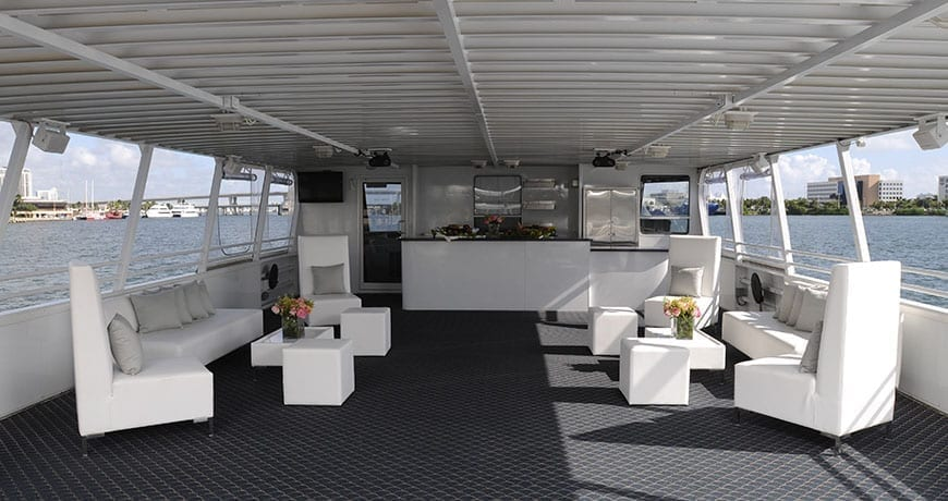 Miami private party yacht 75' Skipperliner Upper Deck