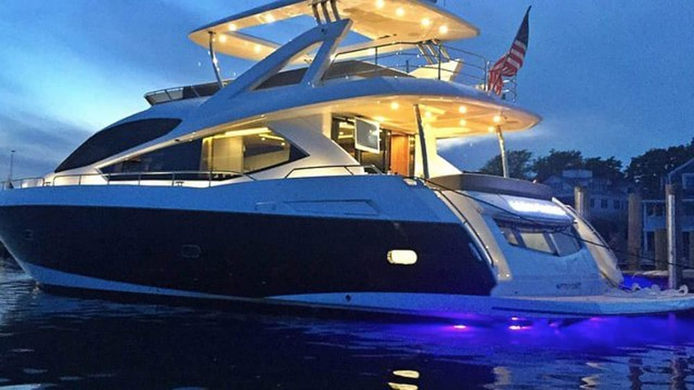 Private Yacht Rentals Miami 76' Sunseeker