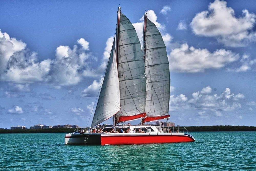 Miami sailing charter 78' Gold Coast