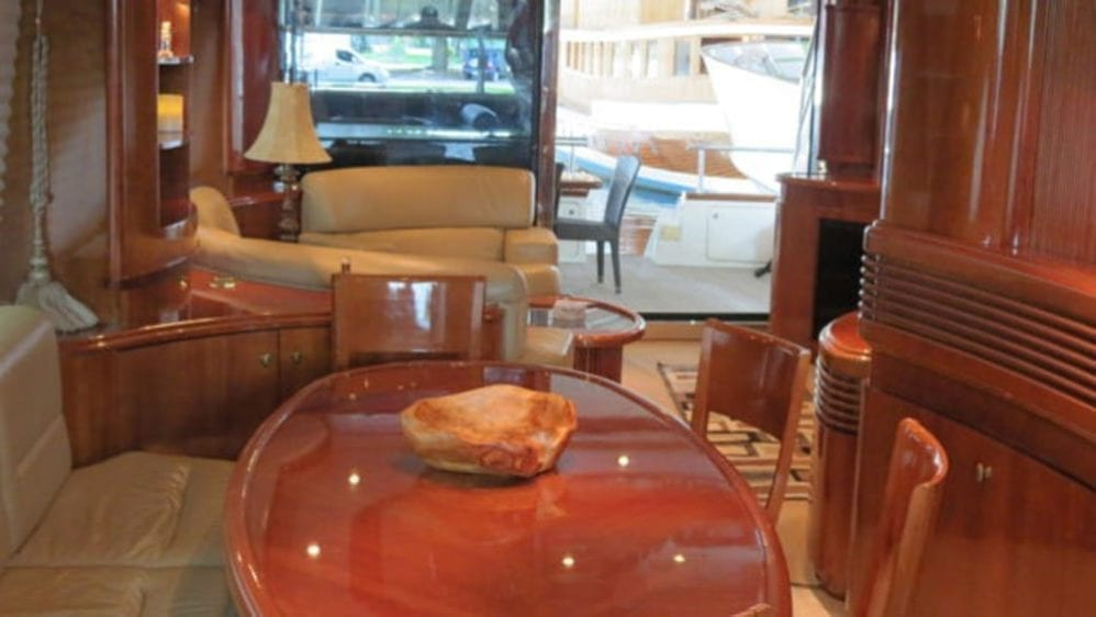 Miami Yacht Rentals 80' Azimut Dining