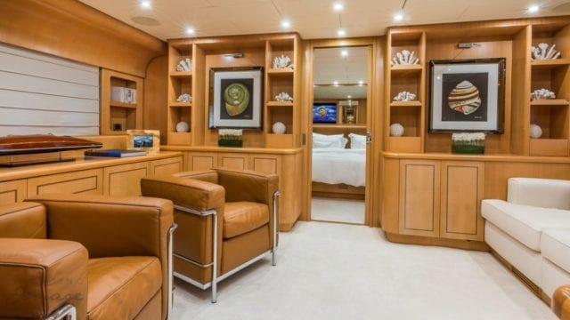 Miami Yacht Rentals 92' Leopard Master Stateroom