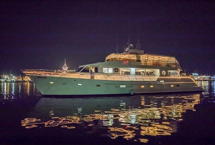 Newport Beach Yacht Rentals 100' Dittmar Night Lights