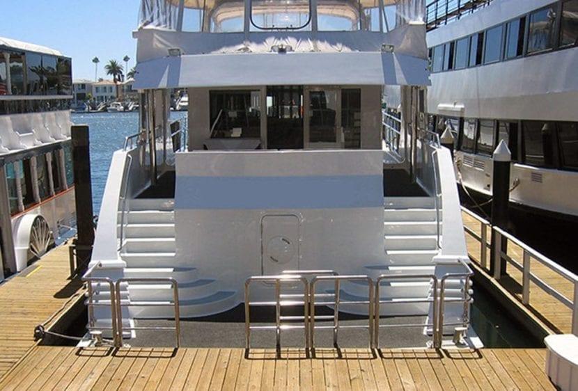 Newport Beach Yacht Rentals 100' Dittmar Stern