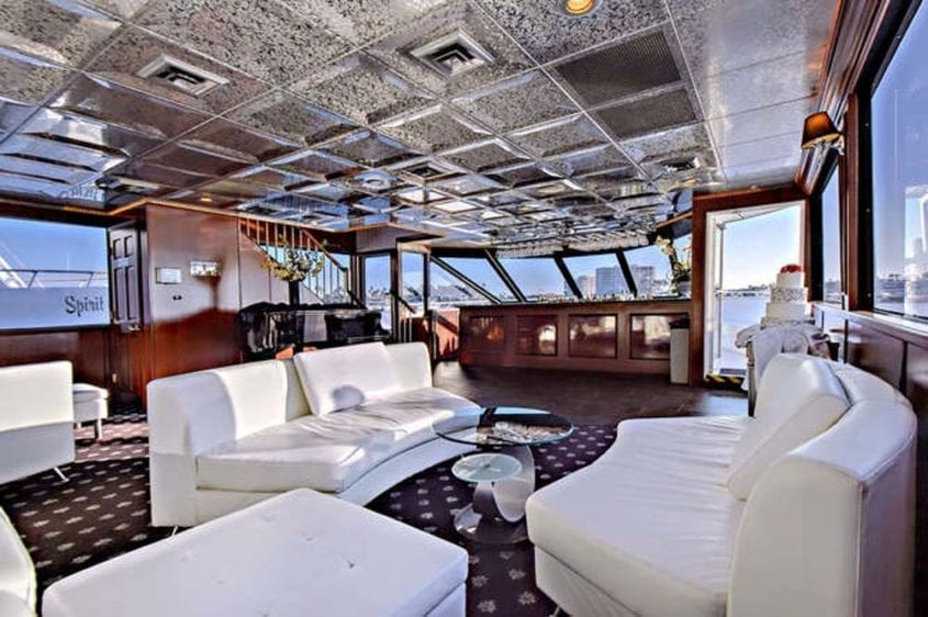 Newport Beach Yacht Rentals 128' Skipperliner Salon Fwd