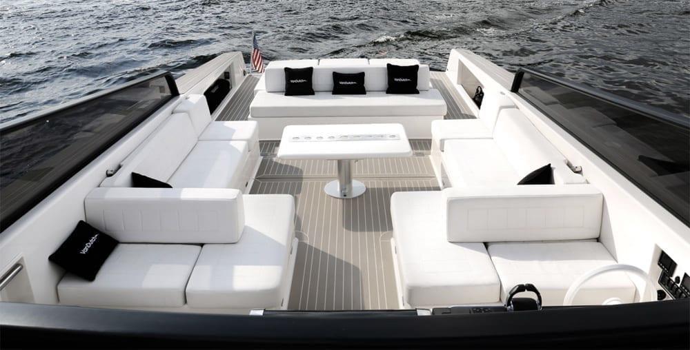 Newport Beach Yacht Rentals 40' Van Dutch Seating