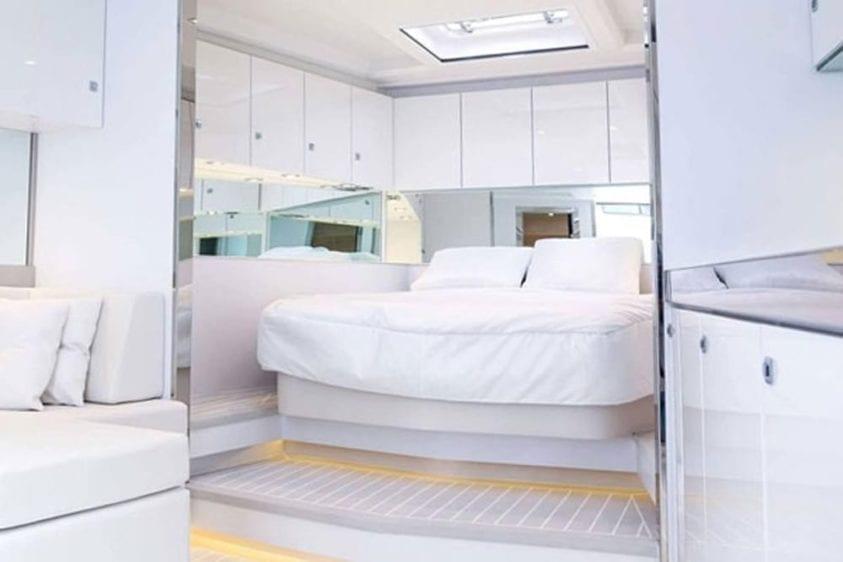 Newport Beach Yacht Rentals 40' Van Dutch Stateroom