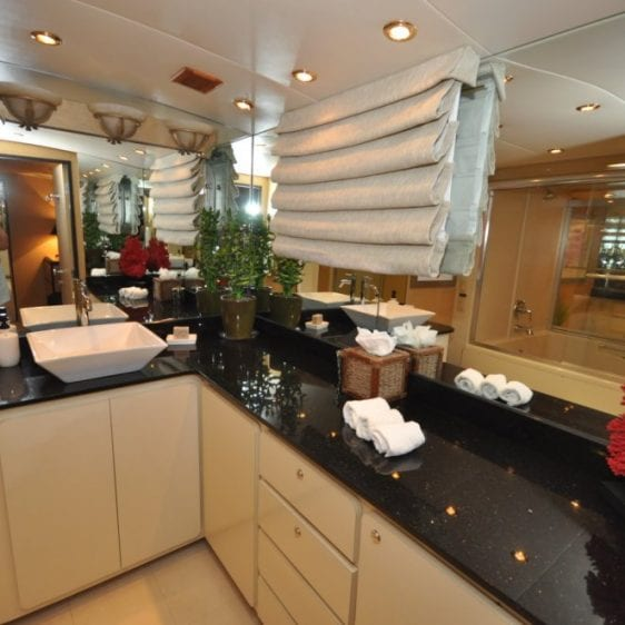 Oahu Private Yacht charter--13