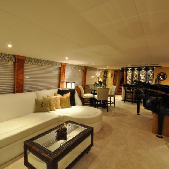 Oahu Private Yacht charter--3