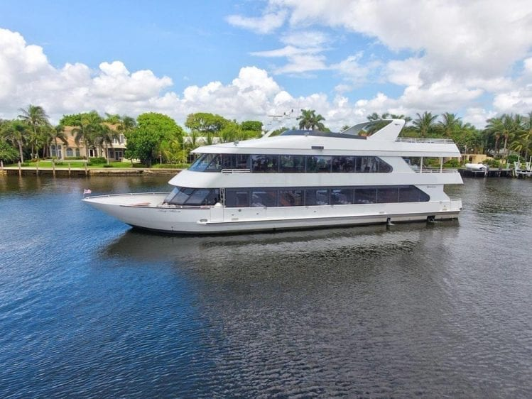 Party Yacht Private Rental Fort Lauderdale 96 Skipperliner