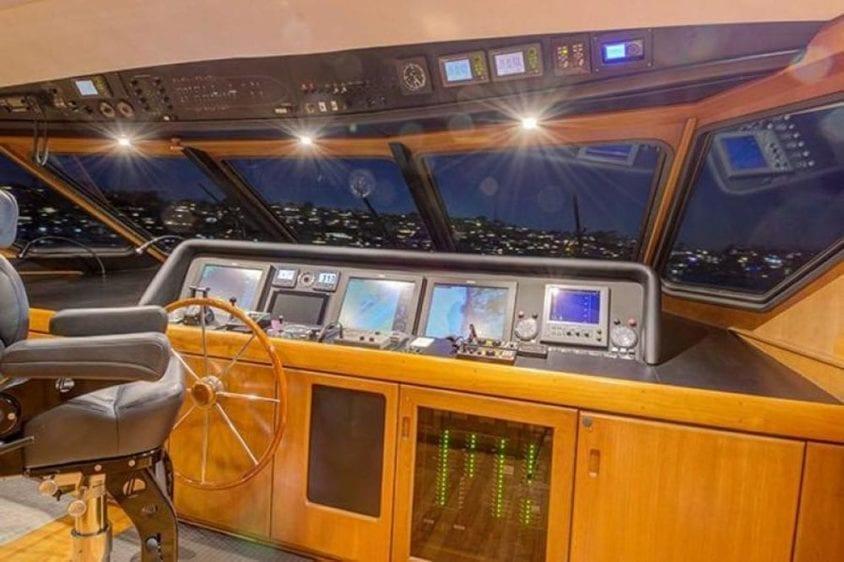 San Diego Yacht Rentals 115' Christensen Helm Station