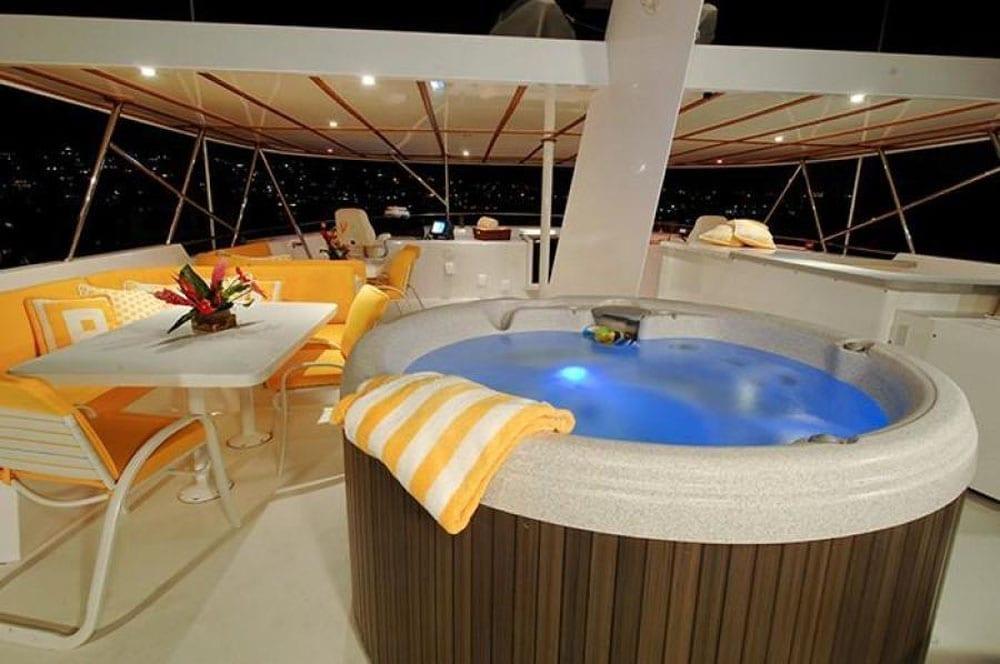 San Diego Yacht charters 115' Christensen Hot Tub