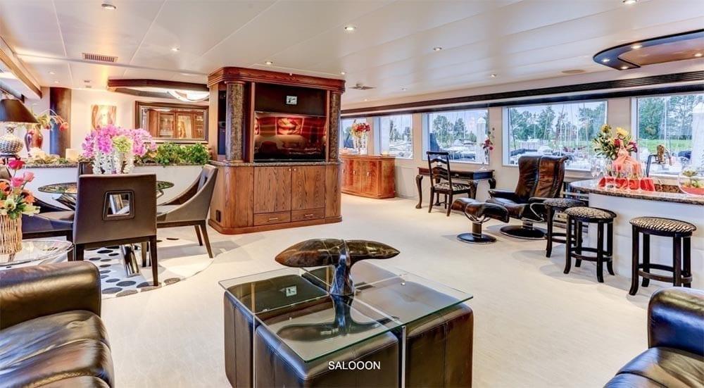 San Diego Yacht Rentals 118' Westport Salon