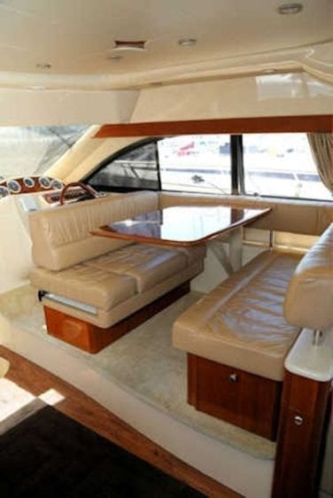 San Diego Yacht Rentals 46' Meridian Dining