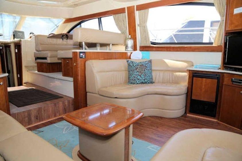 San Diego Yacht Rentals 46' Meridian Salon 2