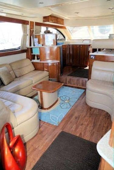 San Diego Yacht Rentals 46' Meridian Salon