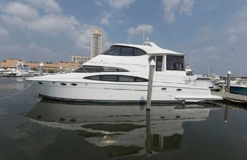 San Diego Yacht Rentals 56' Carver Profile