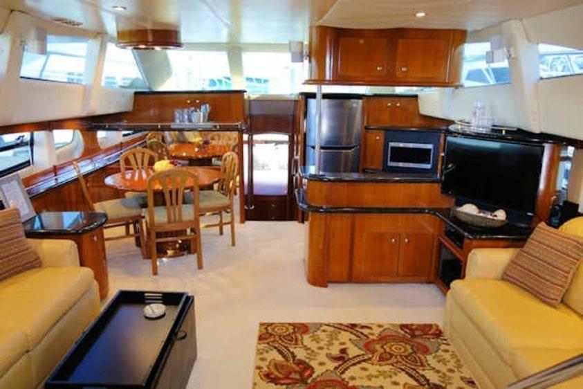 San Diego Yacht Rentals 56' Carver Salon