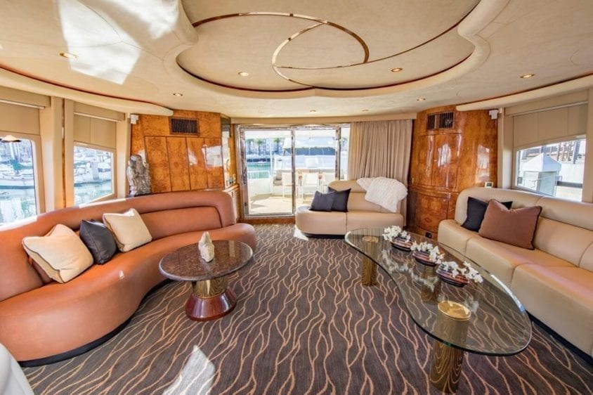San Francisco Yacht Rentals 80' Monte Fino Salon