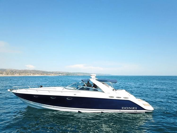 Newport Beach Luxury Cruise Boat Rental