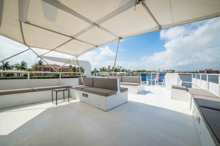 ft lauderdale yacht charter lounge