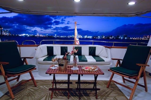 ft lauderdale yacht rental aft deck dining