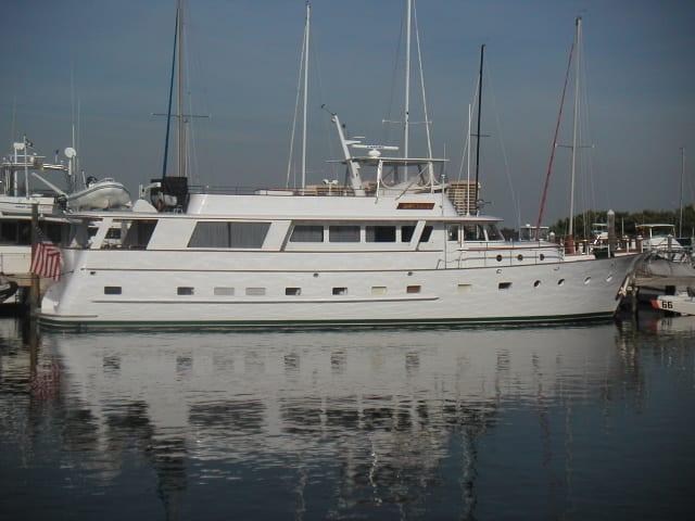 ft lauderdale yacht rental dockside