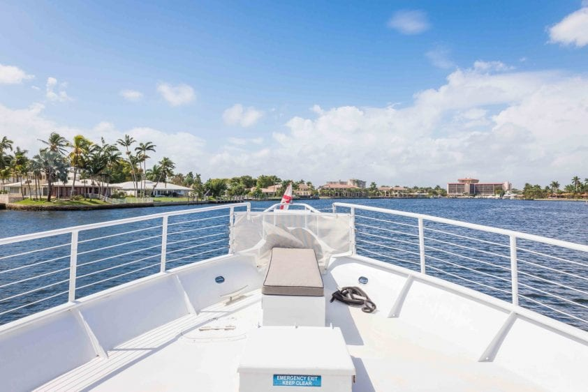 ft lauderdale yacht rental underway bow