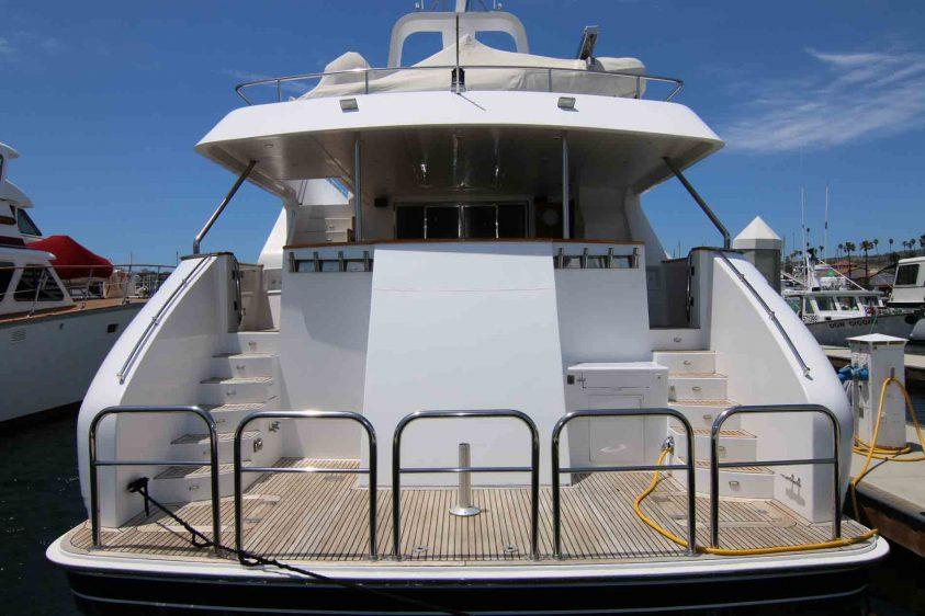 la-yacht-charter-transom