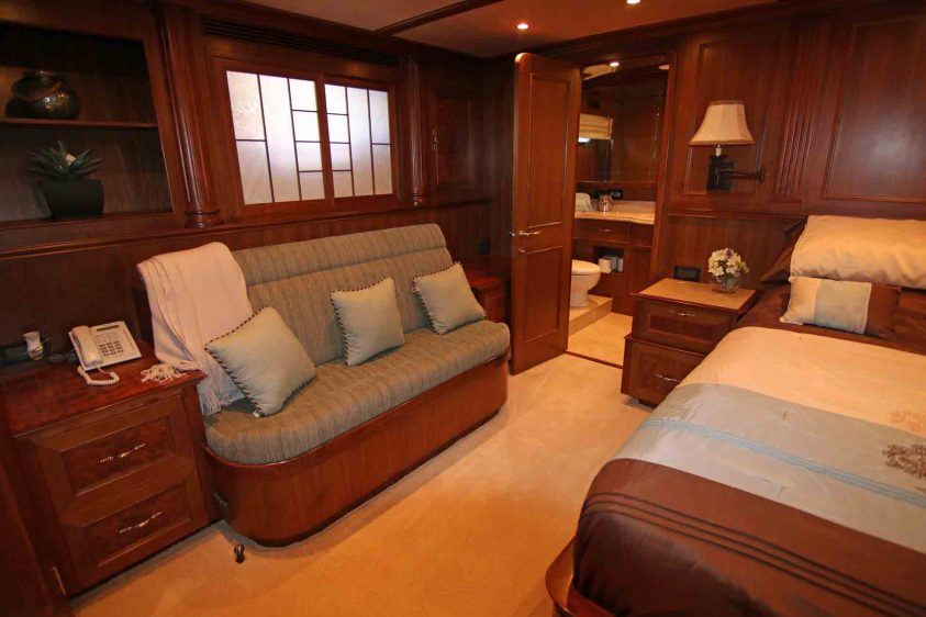 lounge-in-stateroom