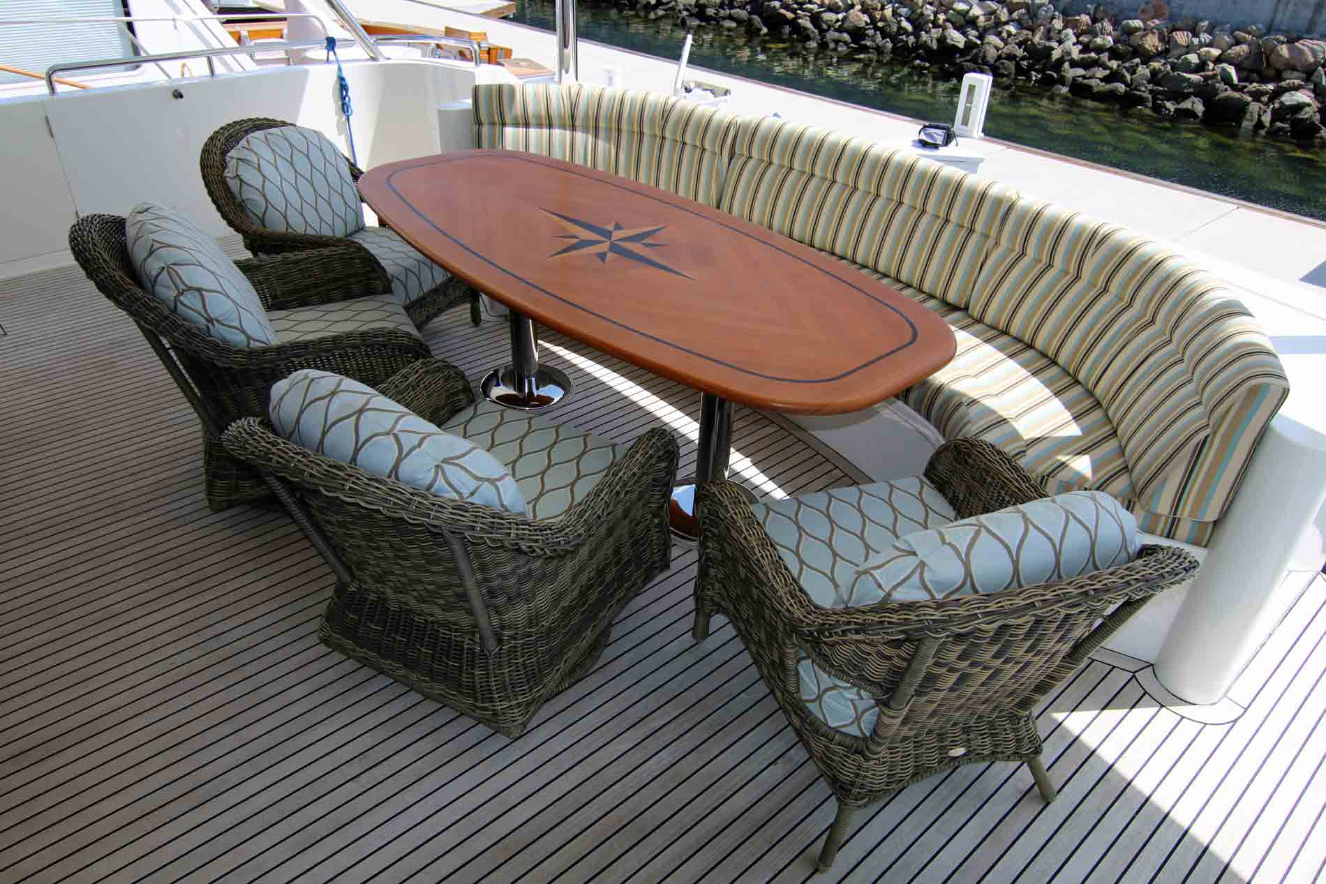 125′ Luxury Liner Super Yacht Deck Dining Area