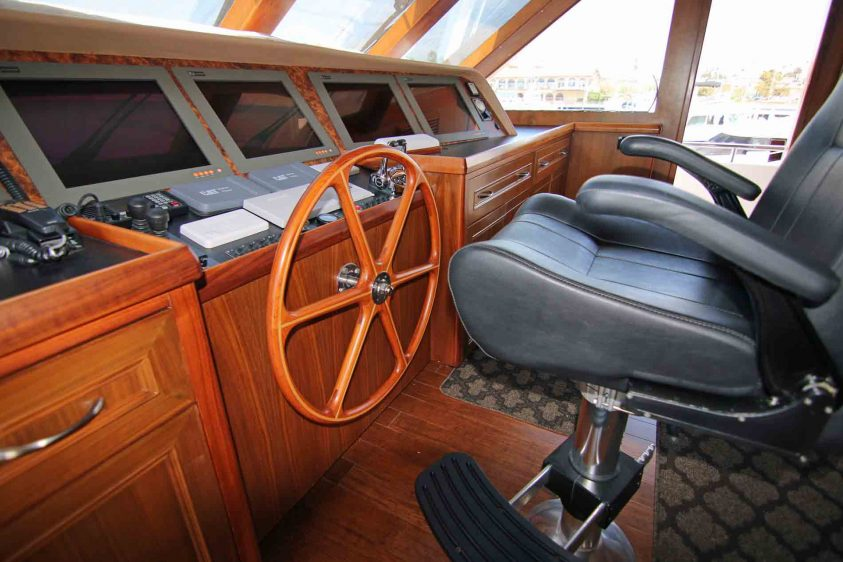 luxury-liners-pilot-house-wheel