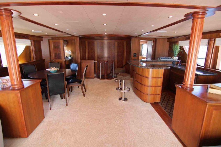 luxury-liners-super-yacht-charter-upper-lounge-area