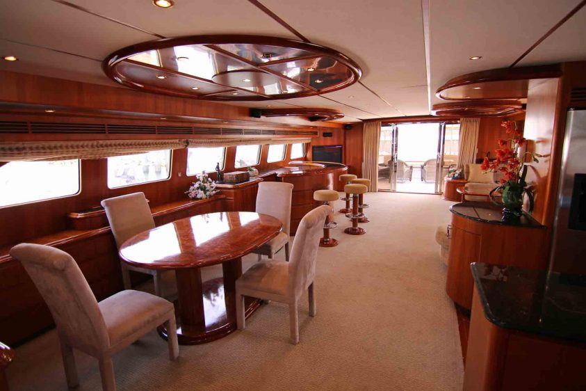 luxury-liners-yacht-main-area-dining