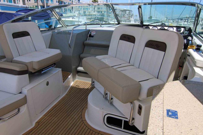 marina-del-rey-boat-rental-captain's-chair