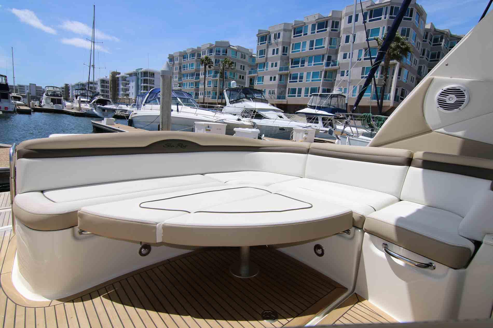 marina-del-rey-boat-rental-deck-area