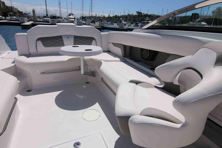 marina-del-rey-boat-rental-lounge-area