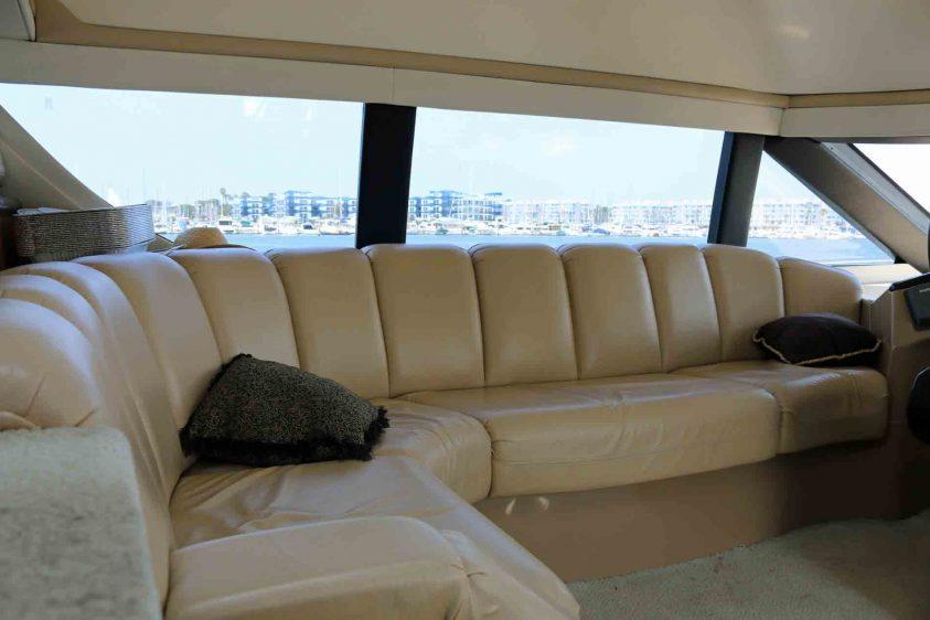 marina-del-rey-yacht-rental-pilot-house-lounge