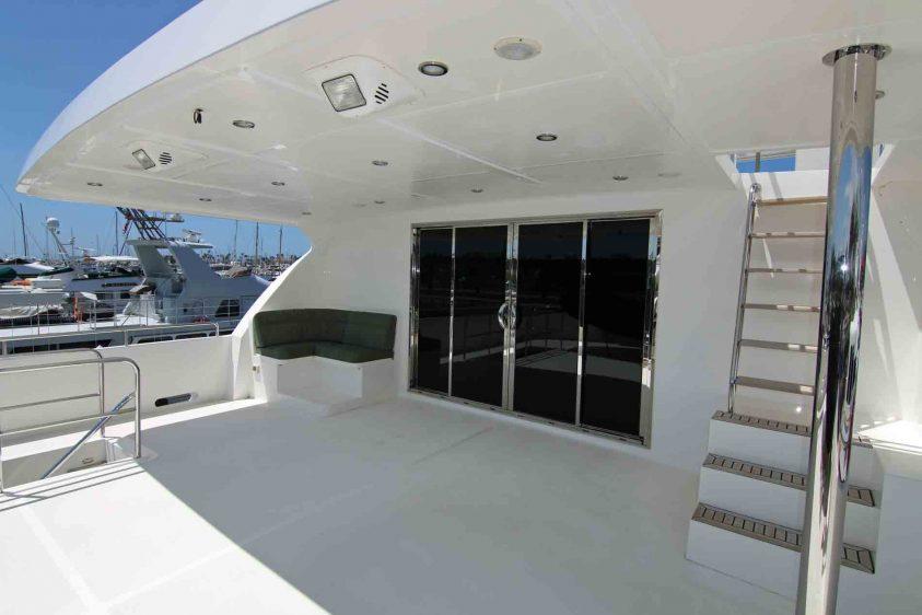 mid-deck-aft-outter-deck