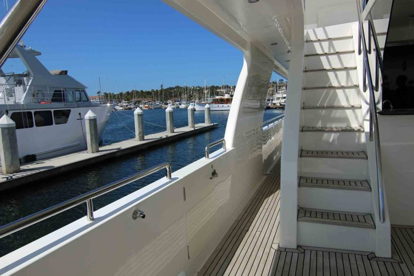 portside-steps-in-LA-from-Luxury-Liners