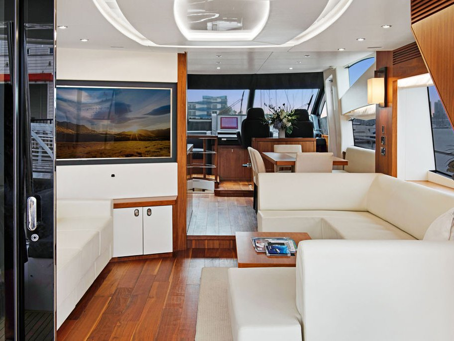 Luxury Party Yacht Rentals in Los Angeles