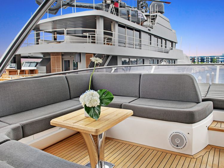 Luxury Yacht Charters in Los Angeles