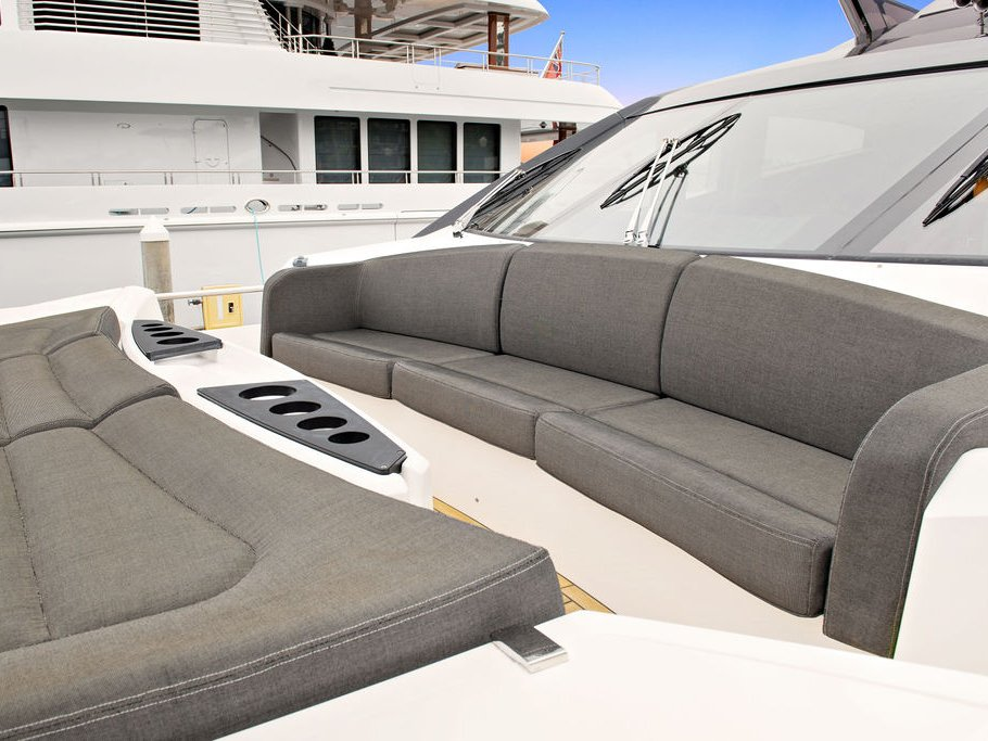 Luxury Yacht Rental in Los Angeles
