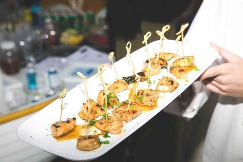 yacht-catering-passed-appetizers-13